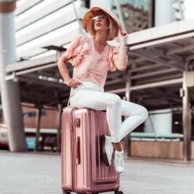 Dámské cestovní kufry