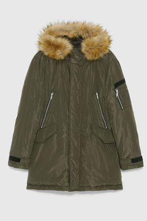 Zara Prošívaná parka s kapucí