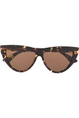 Bottega Veneta Sluneční brýle - Cat-eye frame tortoiseshell-effect sunglasses