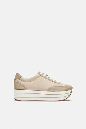 bd6d234cdc Nakupujte dámské tenisky značky Zara Online