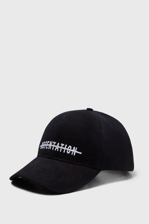 Zara čepice s výšivkou nápisu
