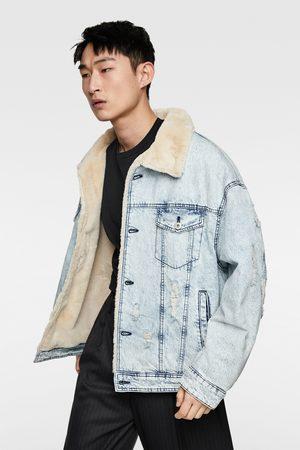 Zara Džínová bunda v kombinaci s umělým beránkem