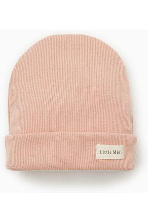 Zara žebrovaná čepice se štítkem