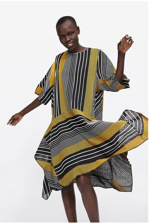 Zara Asymetrické šaty s proužky