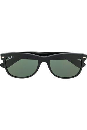 Ray-Ban Rectangular frame sundglasses