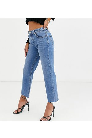 ASOS ASOS DESIGN Petite High rise 'effortless' stretch kick flare jeans in mid vintage wash-Blue