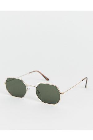ASOS Muži Sluneční brýle - Metal angled sunglasses in gold with smoke lens