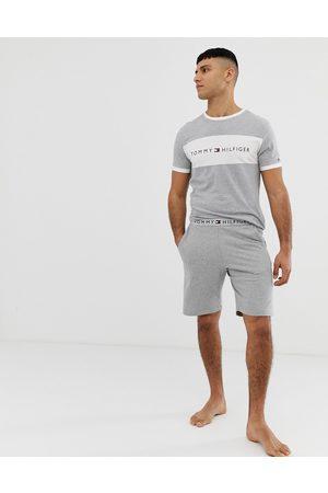 Tommy Hilfiger Muži Tepláky na spaní - Lounge short with comfort logo waistband in grey