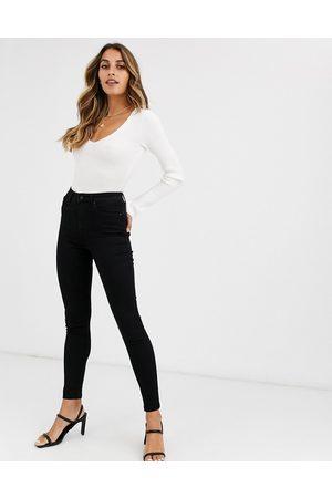 Vero Moda Skinny high rise jeans in black