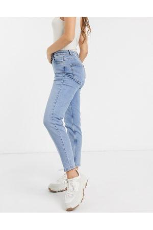 Pieces High waist mom jean in light blue
