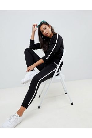 ASOS Tracksuit sweat / basic jogger with tie with contrast binding-Black