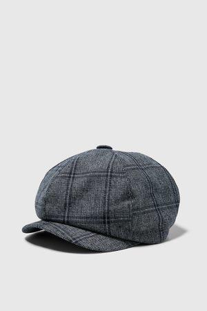 Zara Kostkovaná čepice