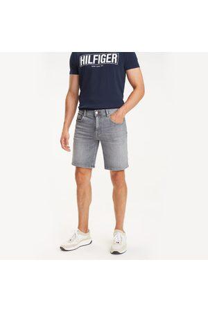 Tommy Hilfiger Muži Šortky - Pánské šedé džínové šortky