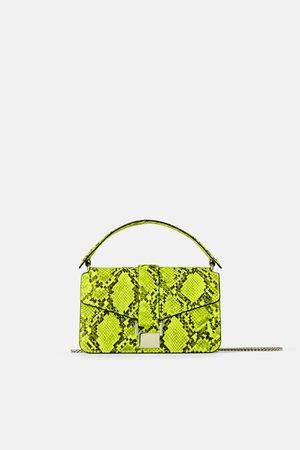 Nakupujte dámské kabelky značky Zara Online  a2eedaaa24b