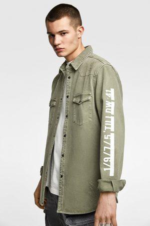 Zara Džínová svrchní košile s nápisem