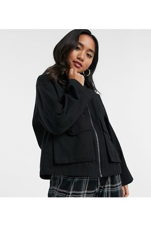 ASOS ASOS DESIGN Petite cotton pocket shacket in black