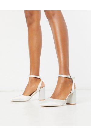 Be Mine Ženy Na podpadku - Bridal Neima block heeled shoes in ivory satin-White