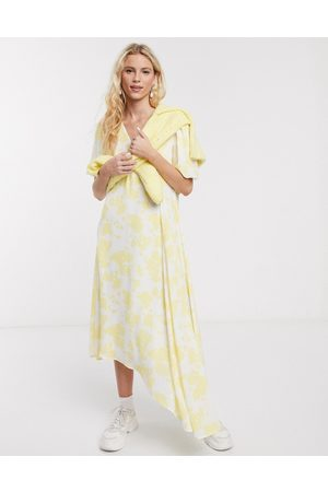 Notes Du Nord Orchid recycled polyester floral asymmetric midi dress in lemon flower-Yellow