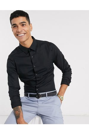 New Look Long sleeve muscle fit poplin shirt in black