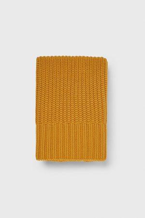Zara úpletová šála