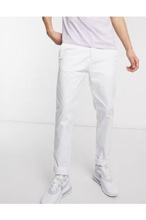 ASOS Muži Chino - Slim chinos in white