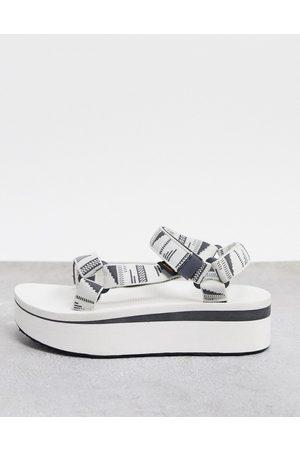 Teva Ženy Sandály - Flatform universal chunky sandals in white