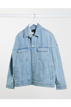 ASOS Muži Džínové bundy - Oversized denim jacket in light wash blue