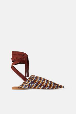 Zara Kožené papuče s vícebarevným zapletením