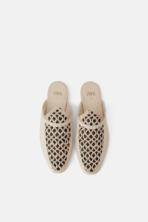 Zara Přírodní papuče