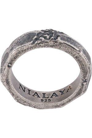 Nialaya Engraved ridged ring