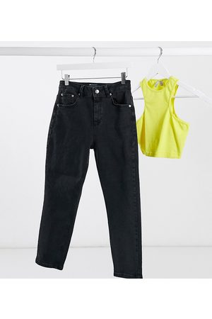 ASOS ASOS DESIGN Petite hourglass high rise farleigh 'slim' mom jeans in washed black