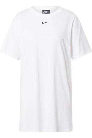 Nike Ženy Na párty - Šaty 'Essential
