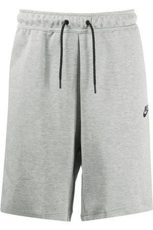 Nike Muži Bermudy - Swoosh logo shorts
