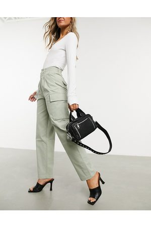 ASOS Ženy Kapsáče - Pleat front chino with cargo pockets in sage-Green