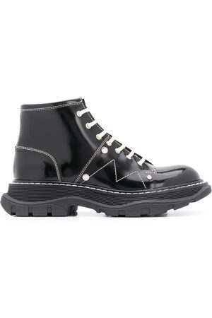 Alexander McQueen Tread lace-up leather boots