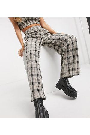 COLLUSION Wide leg cargo trousers in check co-ord-Green