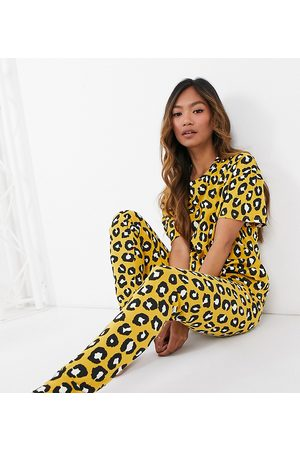 Lindex Exclusive organic cotton leopard print t-shirt and legging set in natural-Yellow