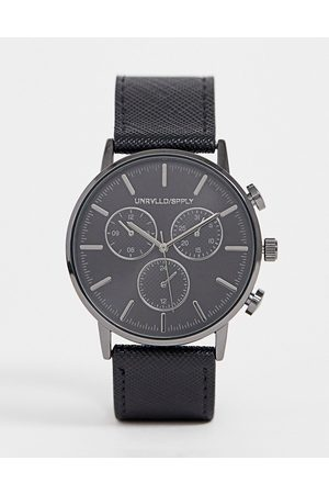 ASOS Muži Hodinky - Watch in black with gunmetal sub dials and saffiano strap