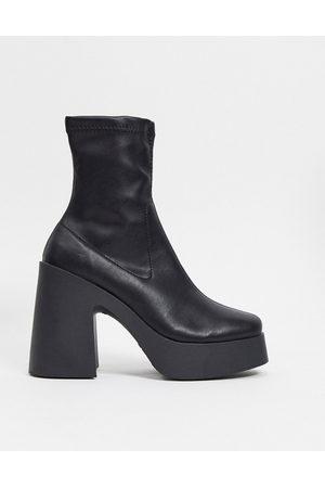 ASOS Ženy Na podpadku - Elsie high heeled sock boot in black pu