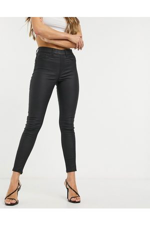 New Look Faux leather coated jeggings in black