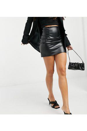 ASOS Ženy Krátké - ASOS DESIGN Tall leather look seamed super mini skirt in black