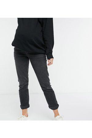 New Look Mom jean in black