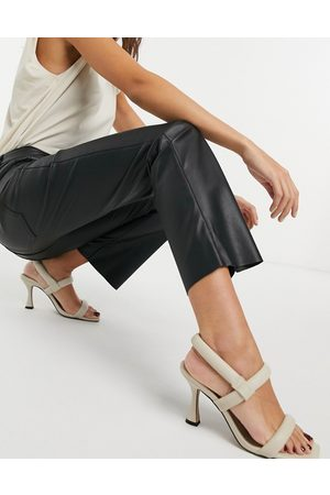 Vero Moda Leather look trousers in black