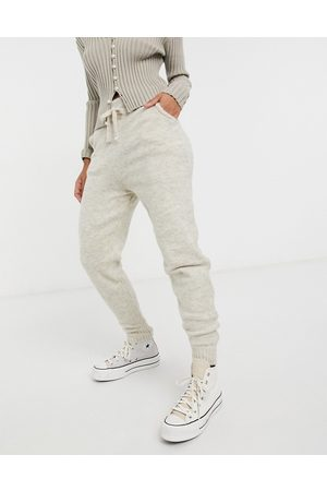New Look Knitted jogger co-ord in oatmeal-Beige