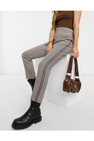 BB Check trousers with side stripe in brown