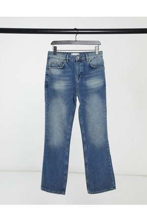 ASOS Muži Bootcut - Bootcut jeans in mid wash blue