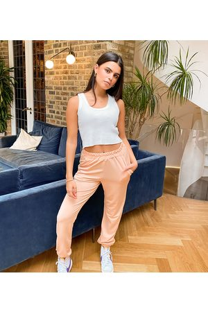 Missguided Basic joggers in camel-Tan