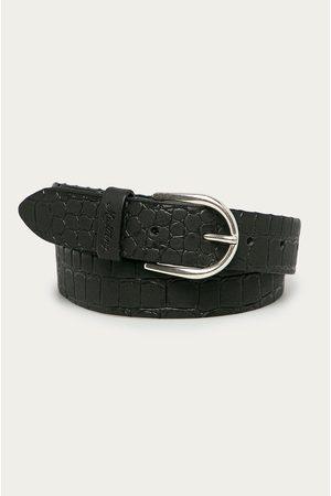 Mustang Kožený pásek