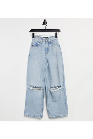 ASOS ASOS DESIGN Petite high rise 'relaxed' dad jeans in lightwash with rips-Blue