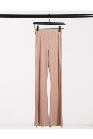 Miss Selfridge Ženy Široké nohavice - Ribbed flared trousers in camel-Brown